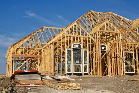 Плотник по установке и изготовлению каркасных домов