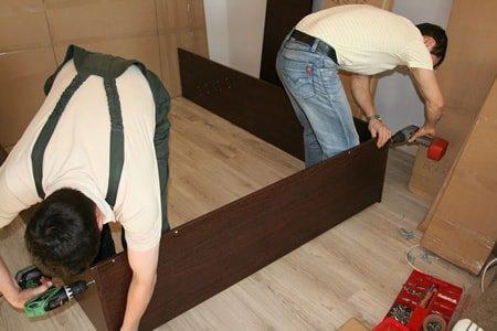 Сборщик мебели в Литве