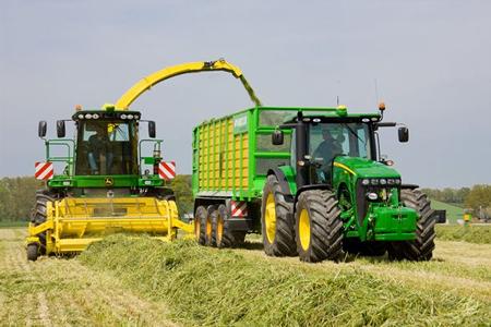 Работа тракториста в Литве