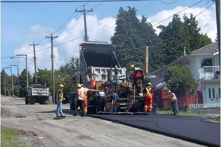 Работа подсобного рабочего на строительство дорог в Европе