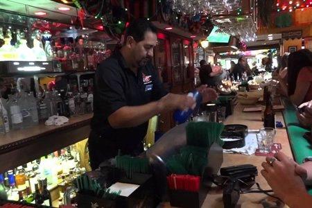Работа бармена в Греции