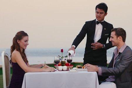 Работа официанта в Португалии