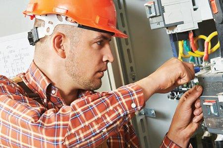 Работа электрика в Польше