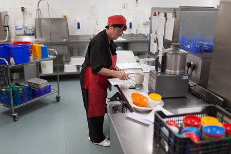 Работник на кухню в Литве