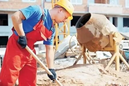 Работа при отделке зданий в Литве