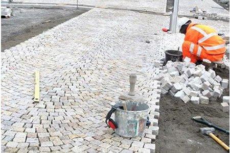 Работник на дорожное строительство в Литве