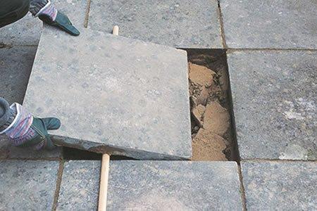 Укладка тротуарной плиткы (шашечка) в Литве