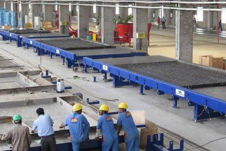 Столяр на производстве железобетонных изделий в Литве