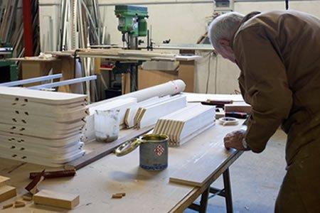 Работа для мебельщика (реновация гостиниц) в Литве