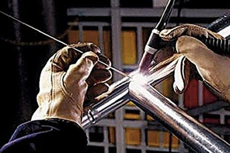 Работа для сварщика цветных металлов в Венгрии