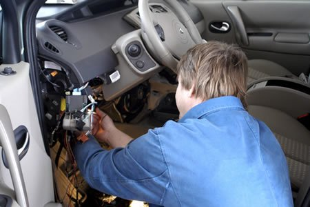 Работа для автоэлектрика на автосервис в Нидерланды