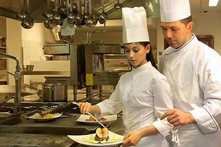 Работа для помощника повара в Эстонии