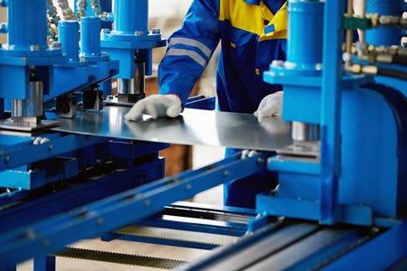 Работа для жестянщика на производстве в Дании