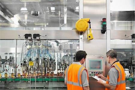 Работа для контролера качества продукции на складе в Латвии