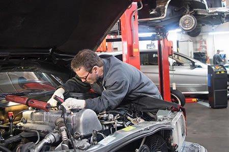 Работа для автослесаря в Латвии