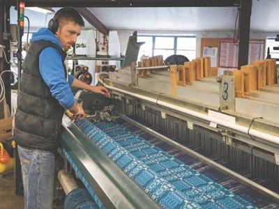 Работа для ткача на фабрике в Литве
