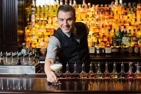 Работа для бармена отеля в Болгарии