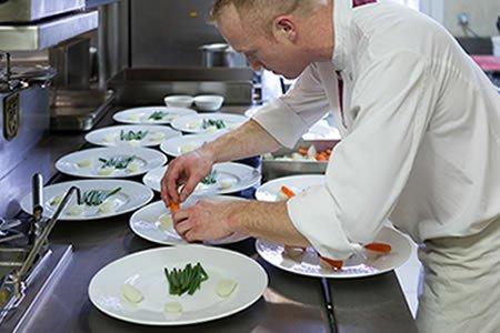 Работа для повара отеля в Болгарии (Созополь)