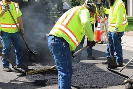 Работа дорожно-ремонтной службы