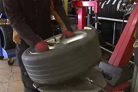 Работа для шиномонтажника на СТО