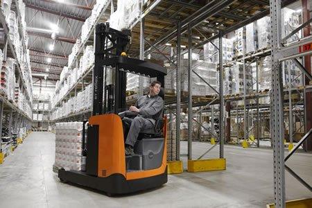Работа для оператора штабелера на продуктовом складе