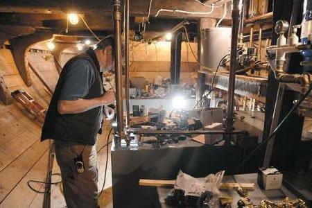 Работа для слесаря на судоремонтный завод