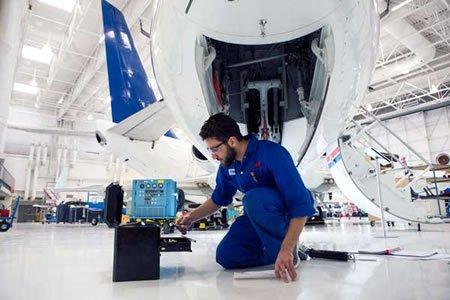 Работа для авиатехника в аэропорту