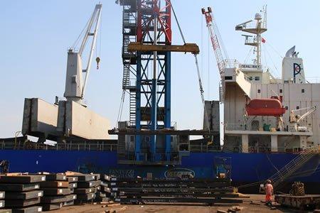 Работа для докера-механизатора в морском порту