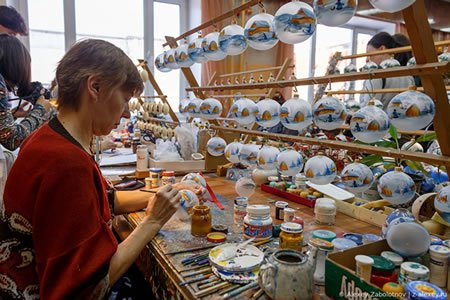 Работа по изготовлению сувенирной продукции