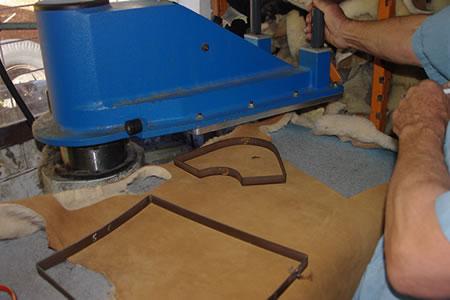 Работа для закройщика верха обуви на производстве