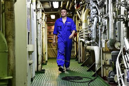 Работа для механика дизелиста на судоремонтном заводе