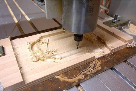 Работа для фрезеровщика по дереву на производстве
