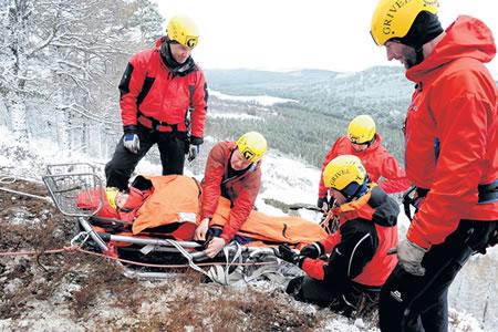 Работа для спасателя людей в горах