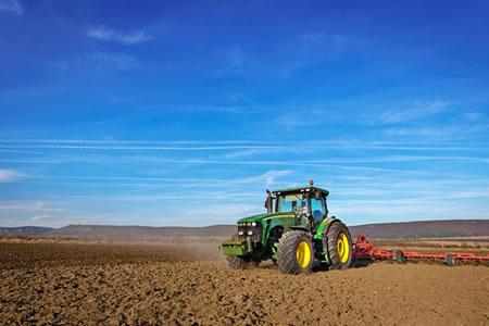 Работа для тракториста в сельское хозяйство