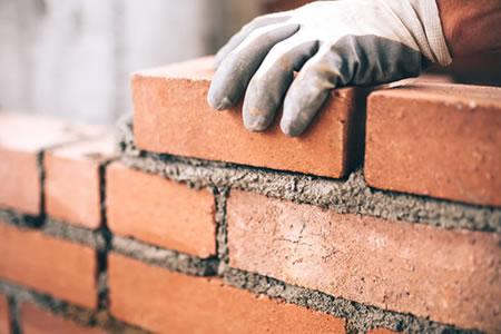 Работа для каменщика на строительстве жилых и нежилых зданий