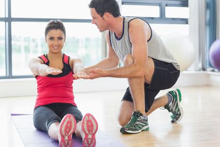 Работа для фитнес-тренера в спортзале фитнес-клуба