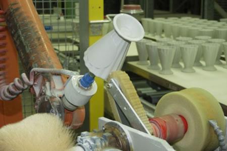 Работа на производстве керамических изделий