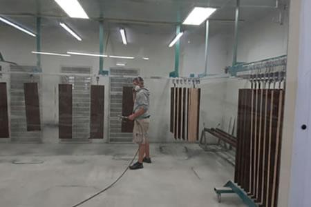 Работа для маляра деревянных изделий на мебельной фабрике