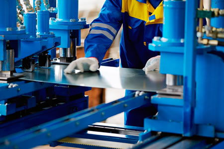 Работа для резчика металла на производстве