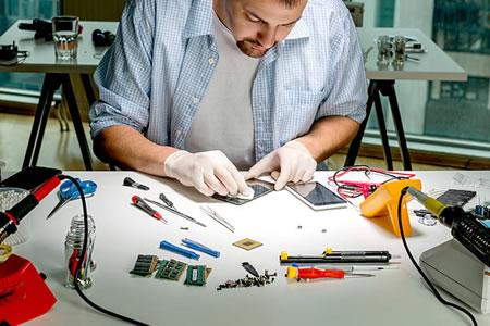 Работа для мастера по ремонту телефонов в сервисном центре