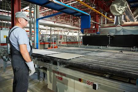 Работа на производстве промышленной керамики