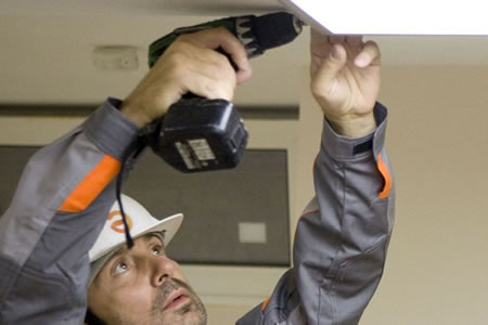 Работа по комплексному обслуживанию и ремонту зданий